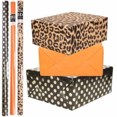 12x rollen kraft inpakpapier/folie pakket tijgerprint/oranje/zwart met gouden stippen 200x70 cm