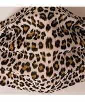 1x beschermende mondkapjes met tijgerprint bruin herbruikbaar